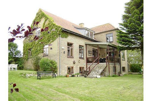 Villa på Bakkevænget i Nykøbing M - Ejendommen