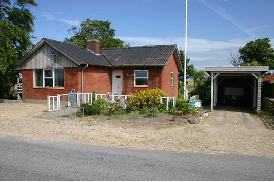 Villa på Tinghøjvej i Nykøbing M - Ejendommen