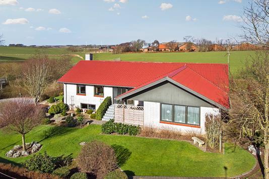 Villa på Stenbro i Nykøbing M - Ejendommen