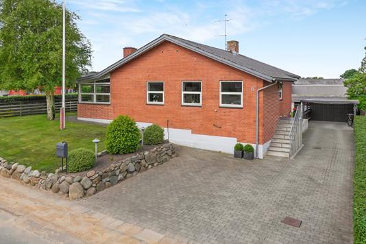 Villa på Vibevej i Nykøbing M - Ejendommen