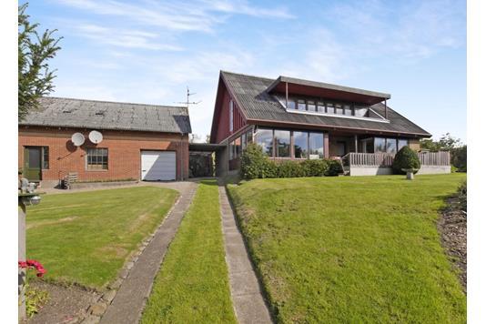 Villa på Torvegade i Nykøbing M - Ejendommen