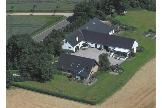 Villa på Harrehøjvej i Nykøbing M - Ejendommen