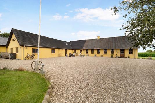 Landejendom på Ulleruphusevej i Nykøbing M - Ejendom 1