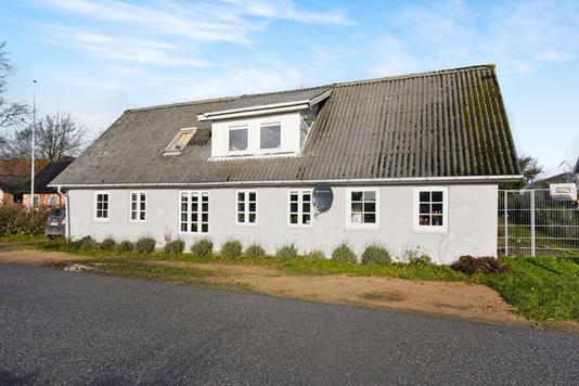 Villa på Blåborgvej i Karby - Ejendommen