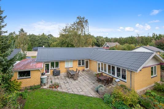Villa på Rosenstien i Viborg - Mastefoto