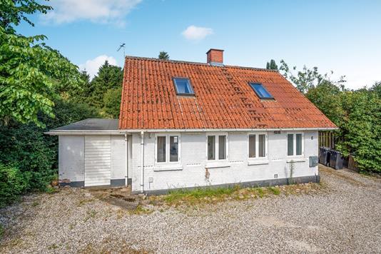 Villa på Sønderdalvej i Løgstrup - Ejendommen