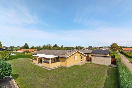 Villa på Østervænget i Viborg - Ejendommen