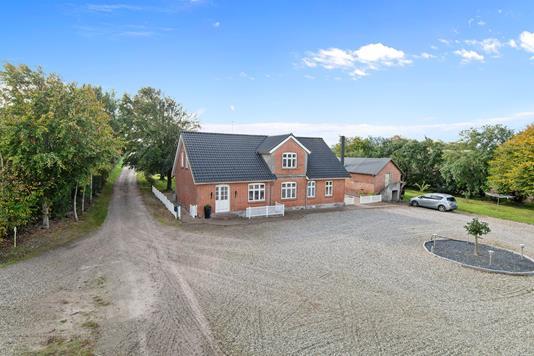 Villa på Lundgårdsvej i Stoholm Jyll - Mastefoto