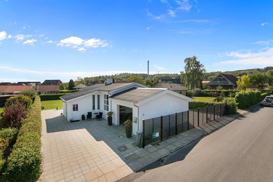 Villa på Engvej i Ulstrup - Mastefoto