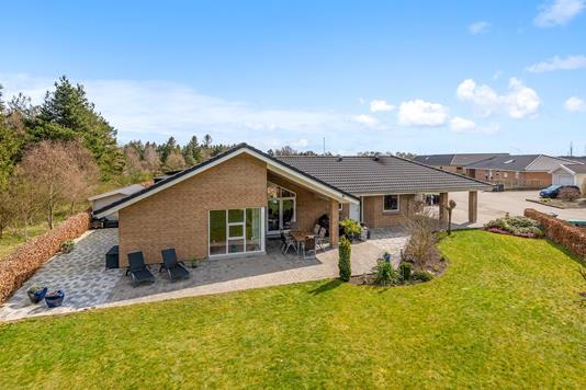 Villa på Blålyngen i Karup J - Mastefoto