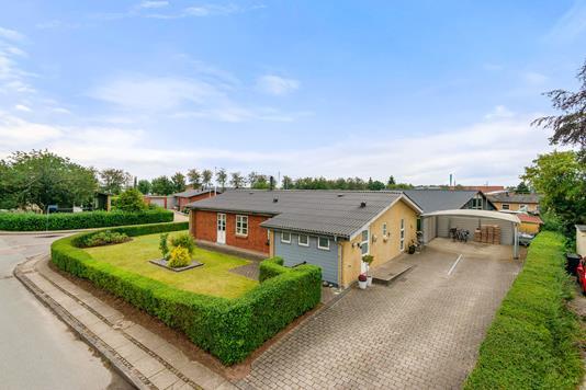 Villa på Stadionvej i Stoholm Jyll - Mastefoto