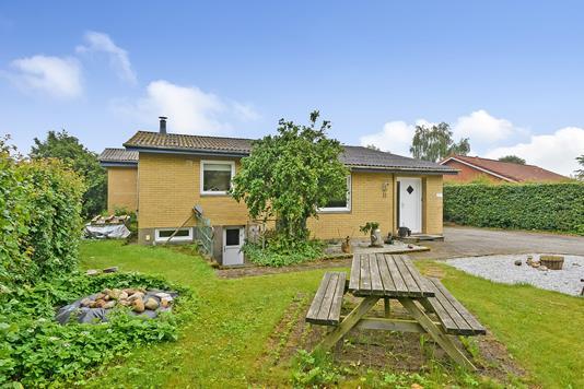 Villa på Parkalle i Karup J - Ejendommen