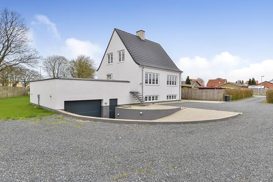 Villa på Hyldevej i Viborg - Ejendommen