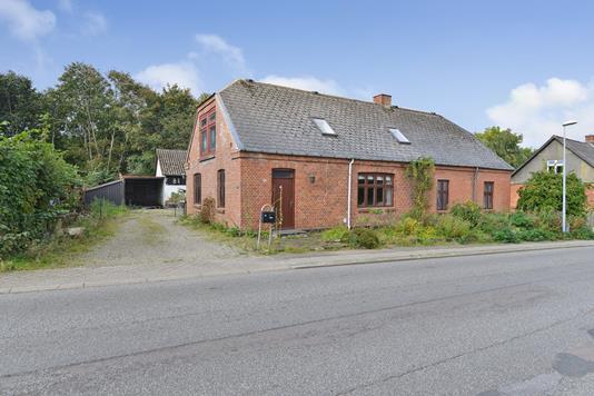 Villa på Bakken i Karup J - Ejendommen