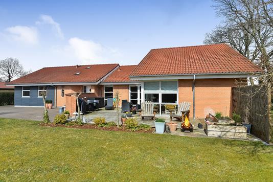 Villa på Nonbo Krat i Viborg - Ejendommen