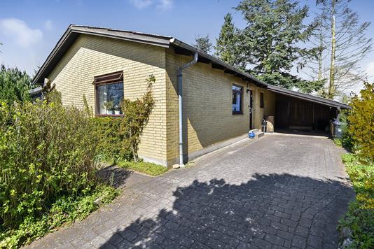 Villa på Udsigtshøjen i Viborg - Ejendommen