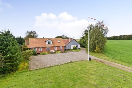 Villa på Vievej i Skals - Ejendommen
