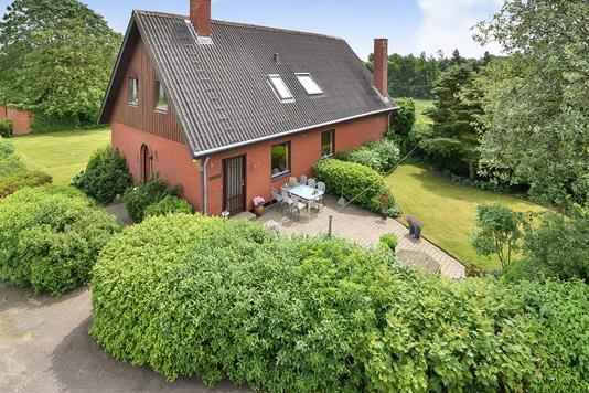 Villa på Sejbækvej i Viborg - Ejendommen