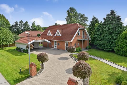 Villa på Øster Teglgårdsvej i Viborg - Ejendommen
