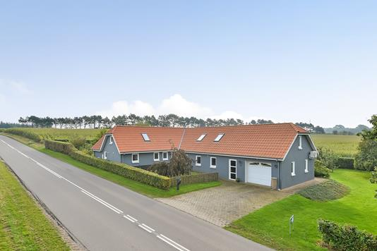 Villa på Lundgårdsvej i Stoholm Jyll - Ejendommen