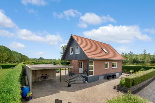 Villa på Sølunden i Kjellerup - Ejendommen