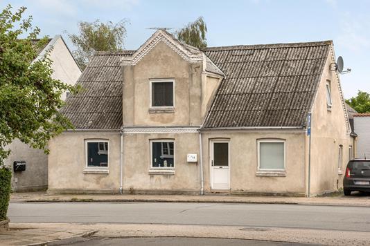 Villa på Nørregade i Kjellerup - Ejendommen
