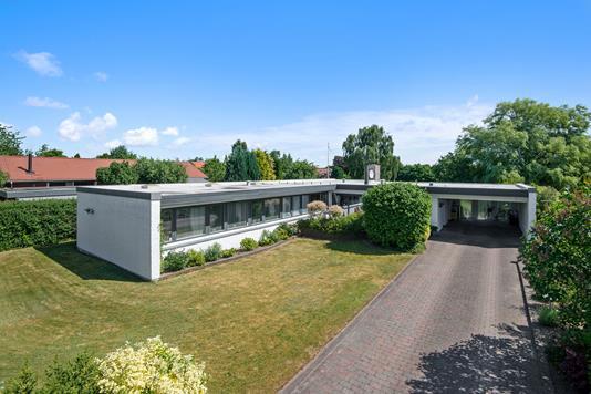 Villa på Kastanievej i Kjellerup - Mastefoto