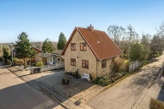 Villa på Brinken i Karup J - Ejendommen