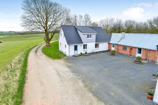 Villa på Søren Kannes Vej i Kjellerup - Mastefoto