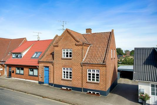 Villa på Søndergade i Kjellerup - Ejendommen
