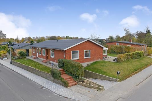 Villa på Ågade i Kjellerup - Ejendommen