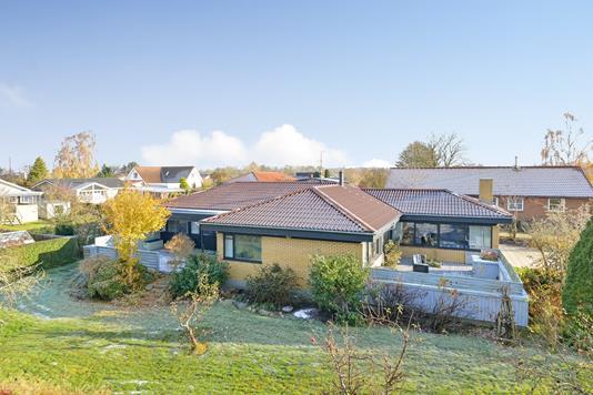 Villa på D. Christensens Vej i Kjellerup - Ejendommen