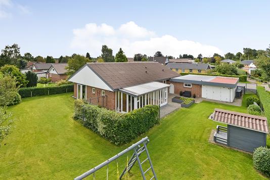 Villa på Blodbøgen i Kjellerup - Ejendommen