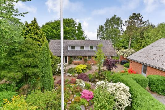 Villa på Søren Kannes Vej i Kjellerup - Ejendommen