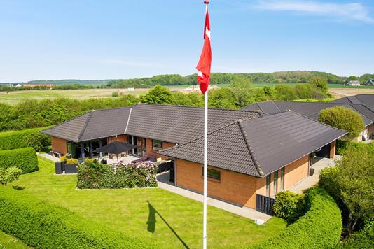 Villa på Hjortøvænget i Fredericia - Ejendommen