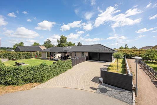 Villa på Rudolf Steiner Allé i Fredericia - Ejendommen