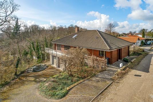 Villa på Fænøvej i Fredericia - Ejendommen