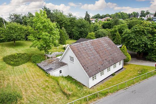 Villa på Skærbæk Havnegade i Fredericia - Set fra vejen