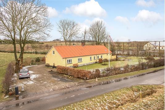 Villa på Stubberupvej i Skørping - Ejendommen