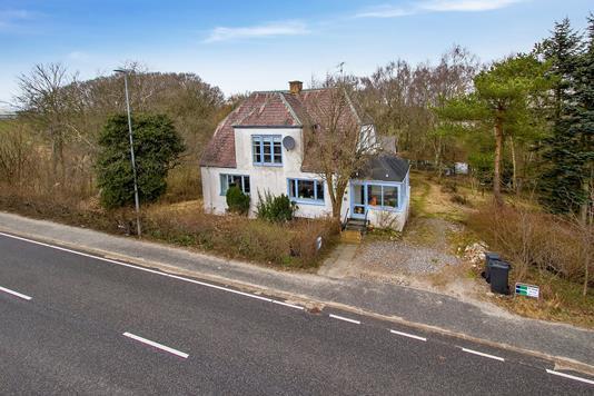 Villa på Storardenvej i Arden - Set fra vejen