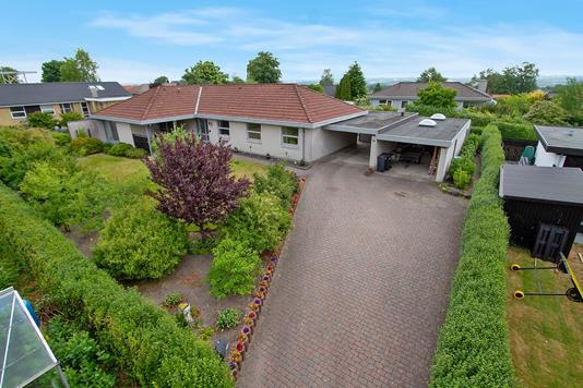 Villa på Grangårdsvej i Støvring - Set fra vejen