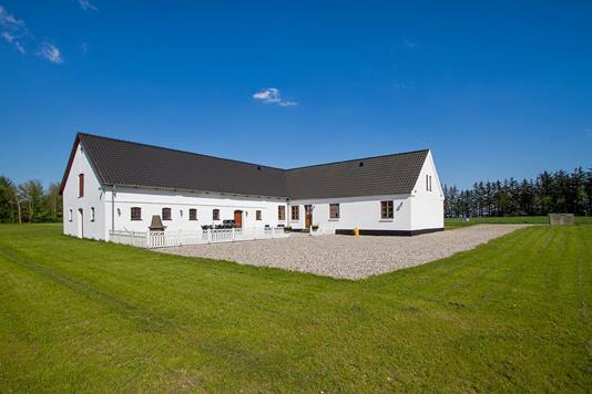 Villa på Isaksvej i Støvring - Set fra haven