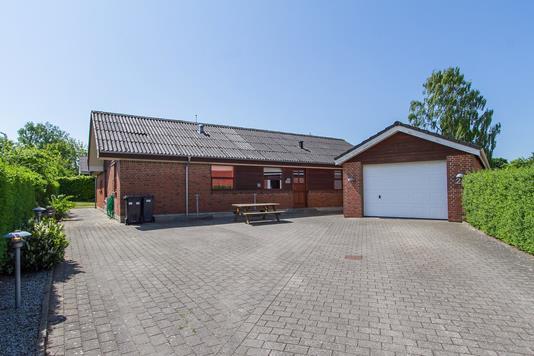 Villa på Bymarken i Støvring - Ejendommen
