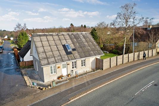 Villa på Himmerlandsvej i Skørping - Set fra vejen