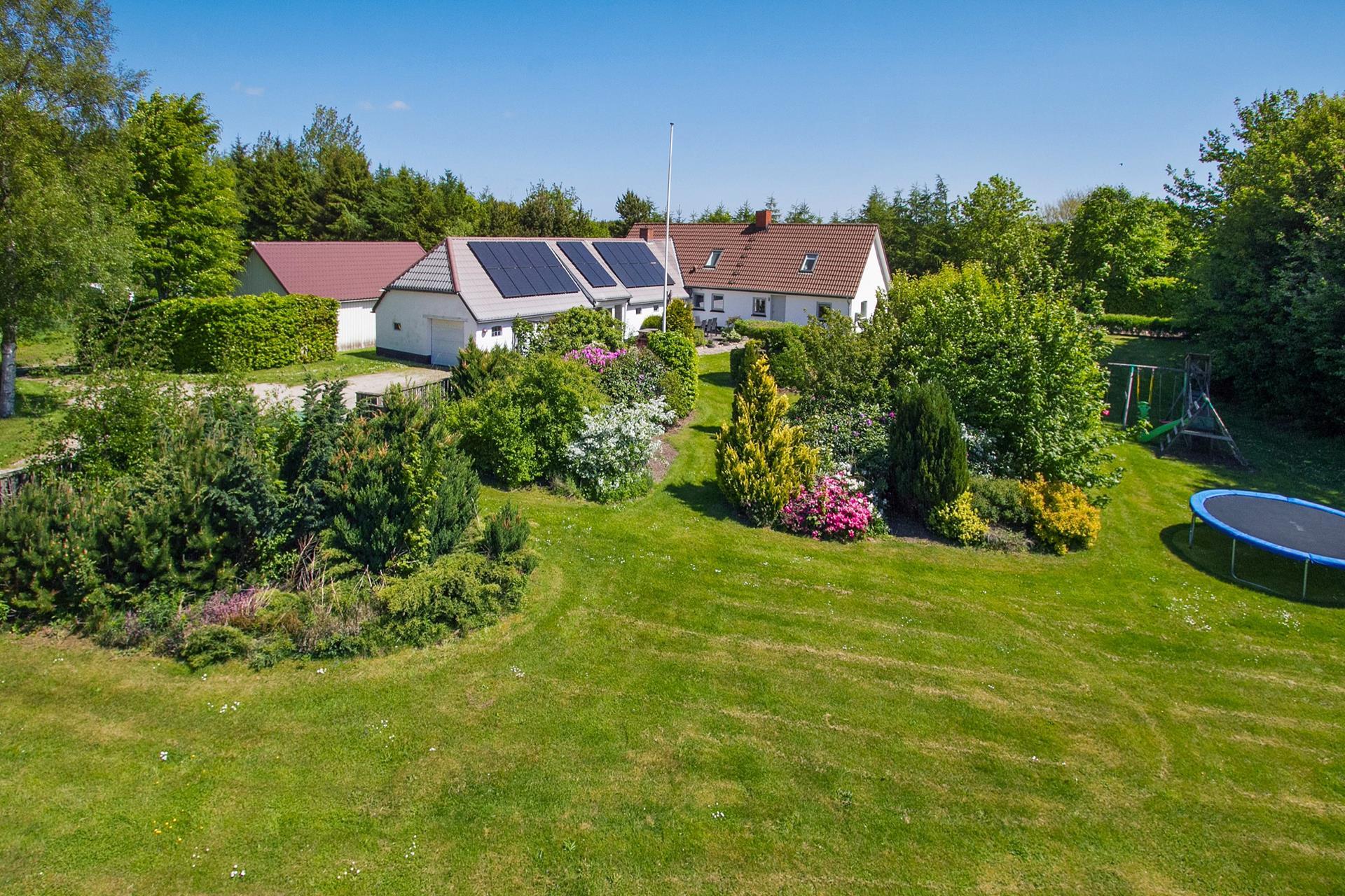 Villa på Lyngbyskovvej i Terndrup - Ejendommen