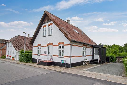Villa på Egholmsvej i Skørping - Ejendommen