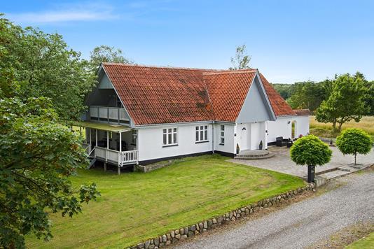 Villa på Astrupvej i Terndrup - Set fra vejen
