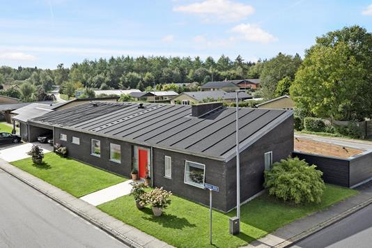 Villa på Vester Alle i Skørping - Ejendom 1