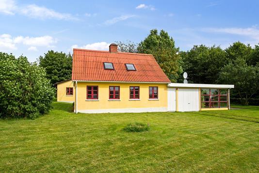 Villa på Lyngsøvej i Nibe - Ejendommen