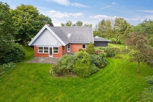 Villa på Hovhedevej i Støvring - Ejendommen
